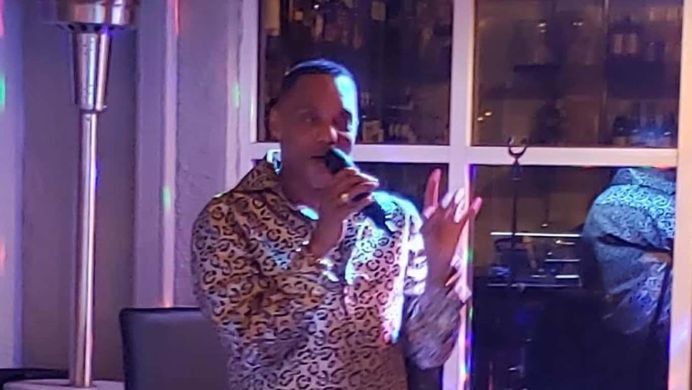 "Larry Johnson's ""Essense of Motown"" at Arts Garage"