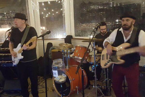Bobby Nathan Band at the Banana Boat